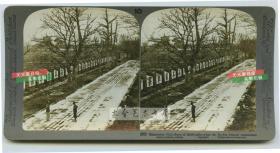 清末民国时期立体照片-----清末广东广州科举教育考试的贡院高处看全貌,里面有超过一万两千个号舍,每拍号舍前都有一个很大的汉字,每个号舍用这个汉字加上一个数字来编号