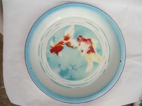 金鱼搪瓷盘子