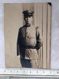 民国抗战时期一个日军少尉老照片