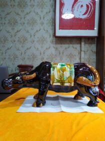 唐三彩摆件,牛 尺寸59cmx25cm21cm