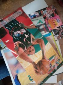 体育海报、明星卡等篮球足球明星海报8份合售