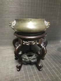 大号特重,清代传世宣德款巨狮耳铜香炉,包浆熟美,皮壳老辣,内膛干净,尺寸见图,重3斤多。