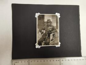 来自侵华日军联队在山东省长清县相册,2张照片,日军军官,军服,其中1张照片背面有长清宪兵字样