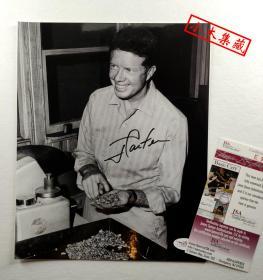 """""""第39任美国总统""""吉米·卡特 总统亲笔签名照片(约8×10英寸) 由三大签名鉴定公司之JSA提供鉴定"""