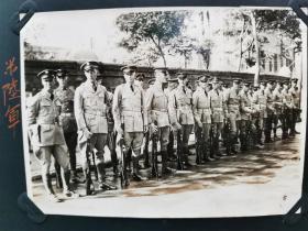 原版民国 黑白老照片:1930年左右《在中国的美国、英国、意大利军队士兵》三张!尺寸:12厘米×8.5厘米。