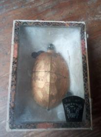 六十年代胡开文乌龟老墨一块。