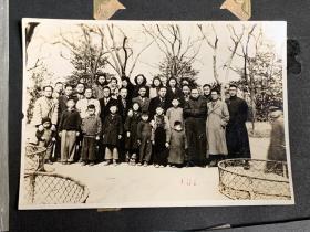 【民国36年在复兴公园开39届同学聚餐会】老照片