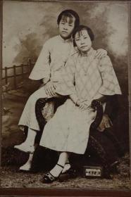 旗袍美女老照片收藏 民国时期 着旗袍女子 老照片 一张
