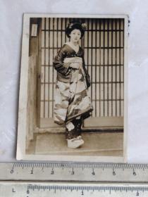 民国时期日本和服美女艺妓老照片