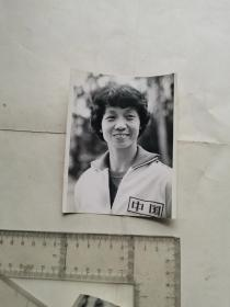 八十年代体操教练蒋绍敏