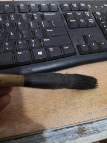 老毛笔:灰鼠  火湖笔   二手毛笔  品自定    按图发货、。103-7号柜