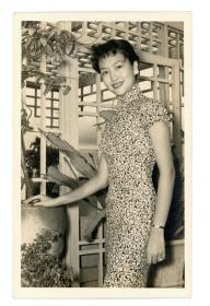 女明星歌手葛兰,旗袍老照片