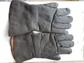 海军纯羊毛牛皮手套,上世纪装备。