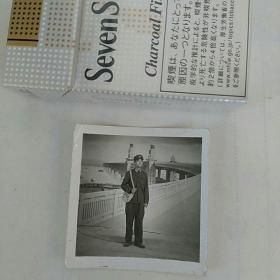 老照片,军人背书包,长江大桥景观