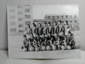 女生足球照片