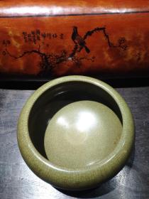 龙泉窑钵钵