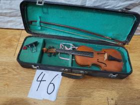 小提琴  百灵牌-