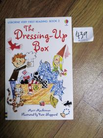 The Dressing-up Box              USBORNE VERY FIRST READING: BOOK 2