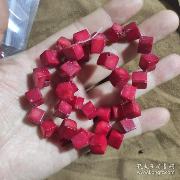 方形纯天然有机宝石姗姗珠子一串
