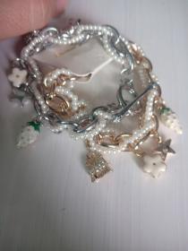 玫瑰金,银色,草莓手链,合金水钻 单条价格
