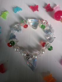 精品水晶手链,晶莹通透,四款造型