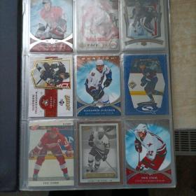 冰球明星卡片。70张。15张张游戏卡