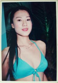 香港TVB女星康华泳装