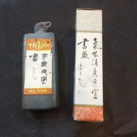 """北京一得阁特制""""中华""""墨汁一瓶(获国家银质奖)"""