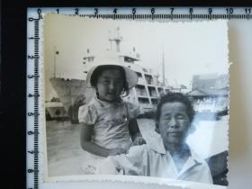 20201213-2 年代老照片 海港