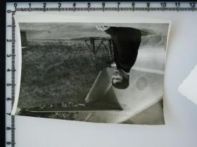 20201213-2 年代老照片 和飞机合影