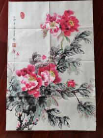 东莞诗书画会梁玉珍国画《牡丹》,68cm*45cm。