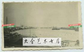 民国时期英国租界码头,宽阔的天津白河航道全貌老照片。