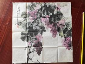肇庆市美术家协会会员,广东省老年书画家协会会员唐兰青《岭南明珠》,69cm*69cm。