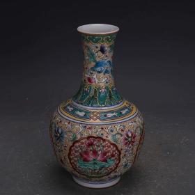 清珐琅彩花卉纹赏瓶