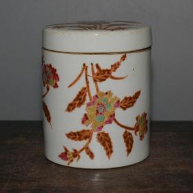 同治粉彩手绘花卉纹茶叶罐