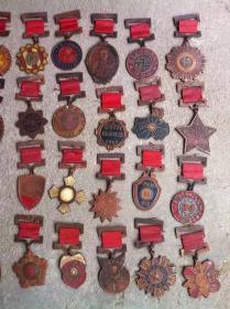 民国勋章纪念章徽章全套40枚