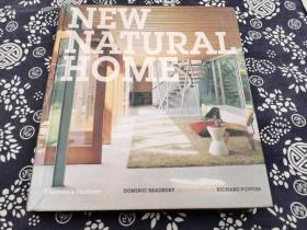 自然别墅 精装版英文 2012年版九成新,248页厚册, 本书收录33个最新西方水岸 山地别墅,都是运用场地 光线的大作,与自然环境结合的最好的案例,出自当代最具创造力的设计师之手,
