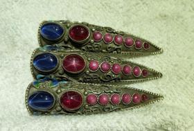 清代纯银镶嵌红宝石蓝宝石星光宝石指甲套