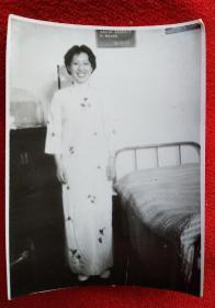 老照片 穿旗袍的美女