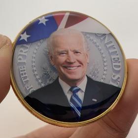 现货 美国总统特朗普镀金纪念章 收藏币工艺金币硬币纪念币