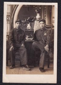 50年代有臂章军人老照片1张(尺寸约4.9*7.5厘米)1623
