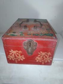 80年代民俗 双喜 囍镜箱 表面图案是武汉长江大桥麦子和向日葵