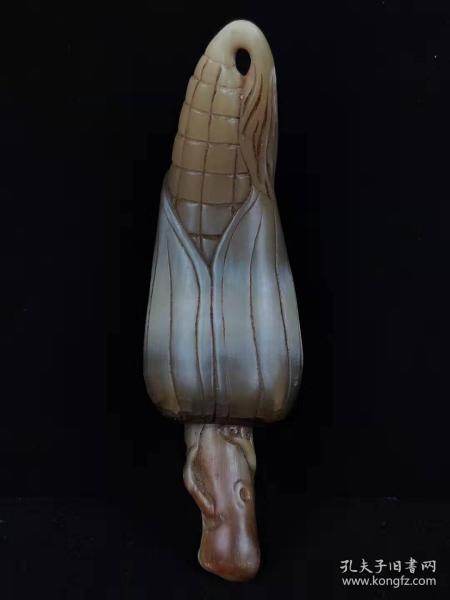 """清代晚期牛角""""玉米""""手把件,角质纹理丶包浆明显,保存完整,品相如图!"""