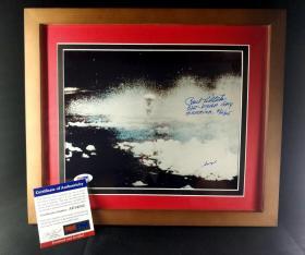 """""""投下人类战争第一颗原子弹"""" 保罗·蒂贝茨 及 乔治·马夸特 双人签名照片(照片8×10英寸,已装裱带框) 由三大签名鉴定公司之一PSA/DNA鉴定"""