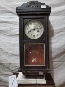 挂钟.   宝 . 木制机械挂钟