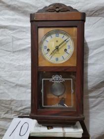 挂钟 . 555  十五天   公私合营中国钟表厂造、木制机械挂钟