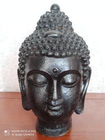 古玩收藏  铁器  铁佛头  释迦摩尼佛头  神佛做工精细  品相完美尺寸长宽高:16/16/26厘米,重量:7.4斤左右。