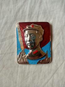 彩版八角帽毛主席章(直径5.8厘米)