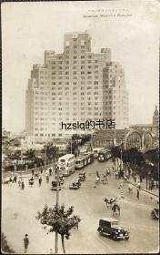 【影像资料】民国上海苏州河口外白渡桥及周边景象明信片,可见百老汇大厦以及桥上来往车辆行人等场景