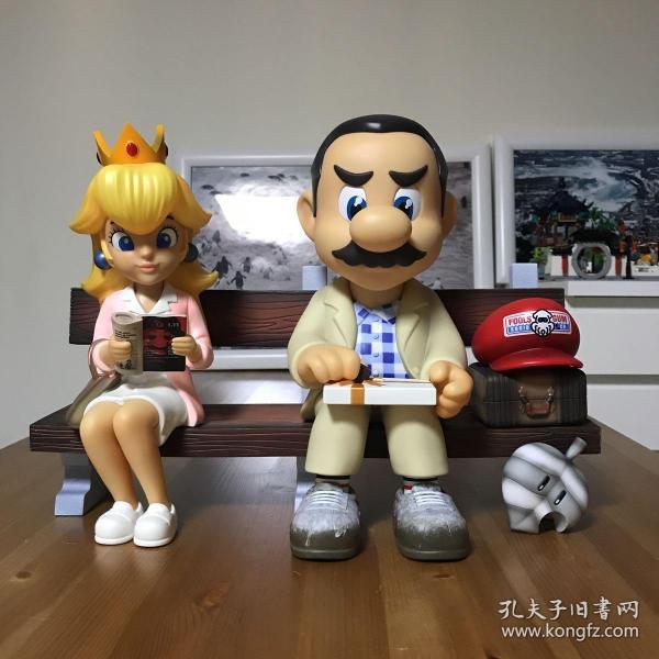 愚者乐园 马里奥SUPER RUN 阿甘正传 VINYL PVC材质 全球限量498套